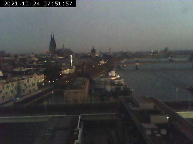 Blick aus dem Fenster der Anwaltskanzlei Schörnig in Köln. Alle 5 Minuten neu. www.schoernig.de